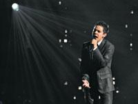 David Archuleta singing