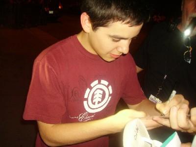David Archuleta autograph signing